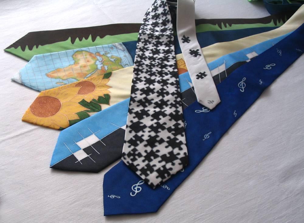 Jak namalovat kravatu s motivem puzzle